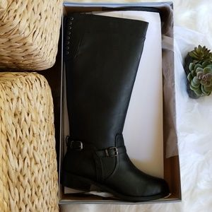Black Boots by Soda from Modcloth